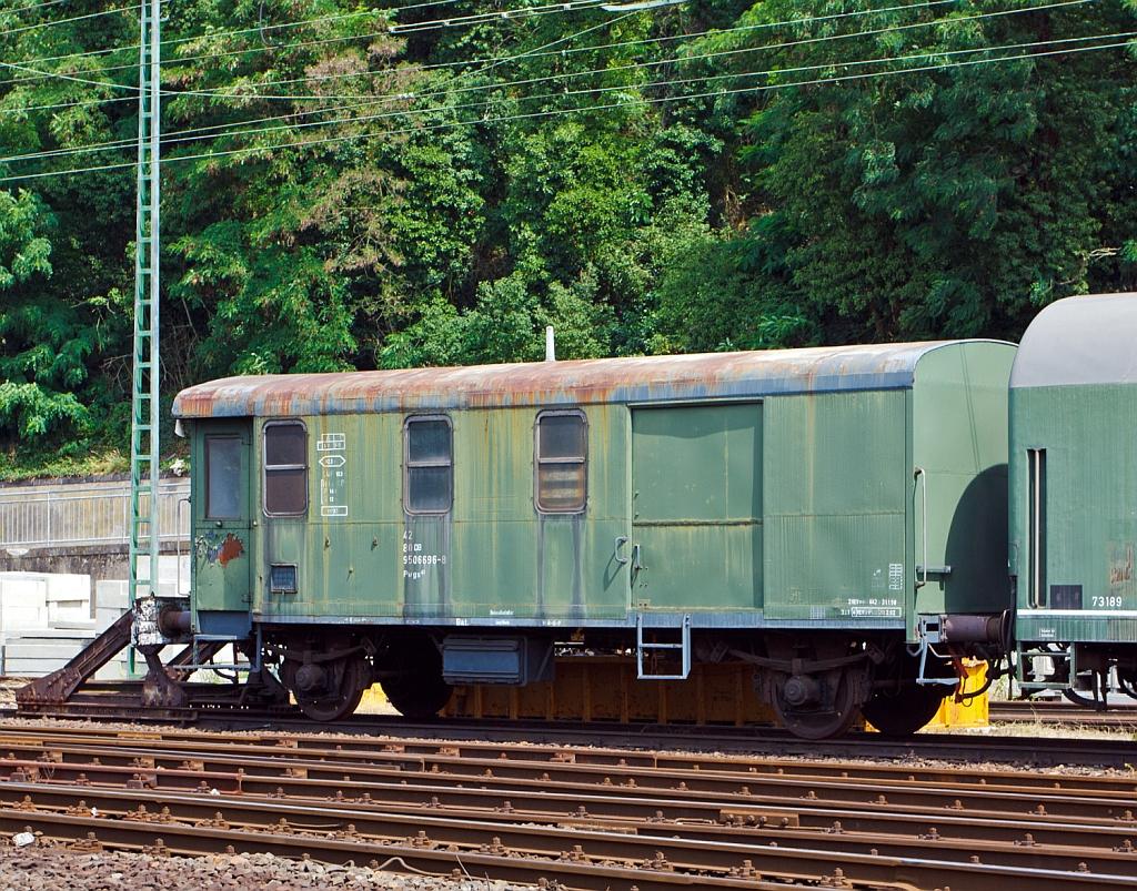Guterzug gepackwagen pwgs 41 ex db 42 80 950 6696 8 for Spülmaschine 42 db