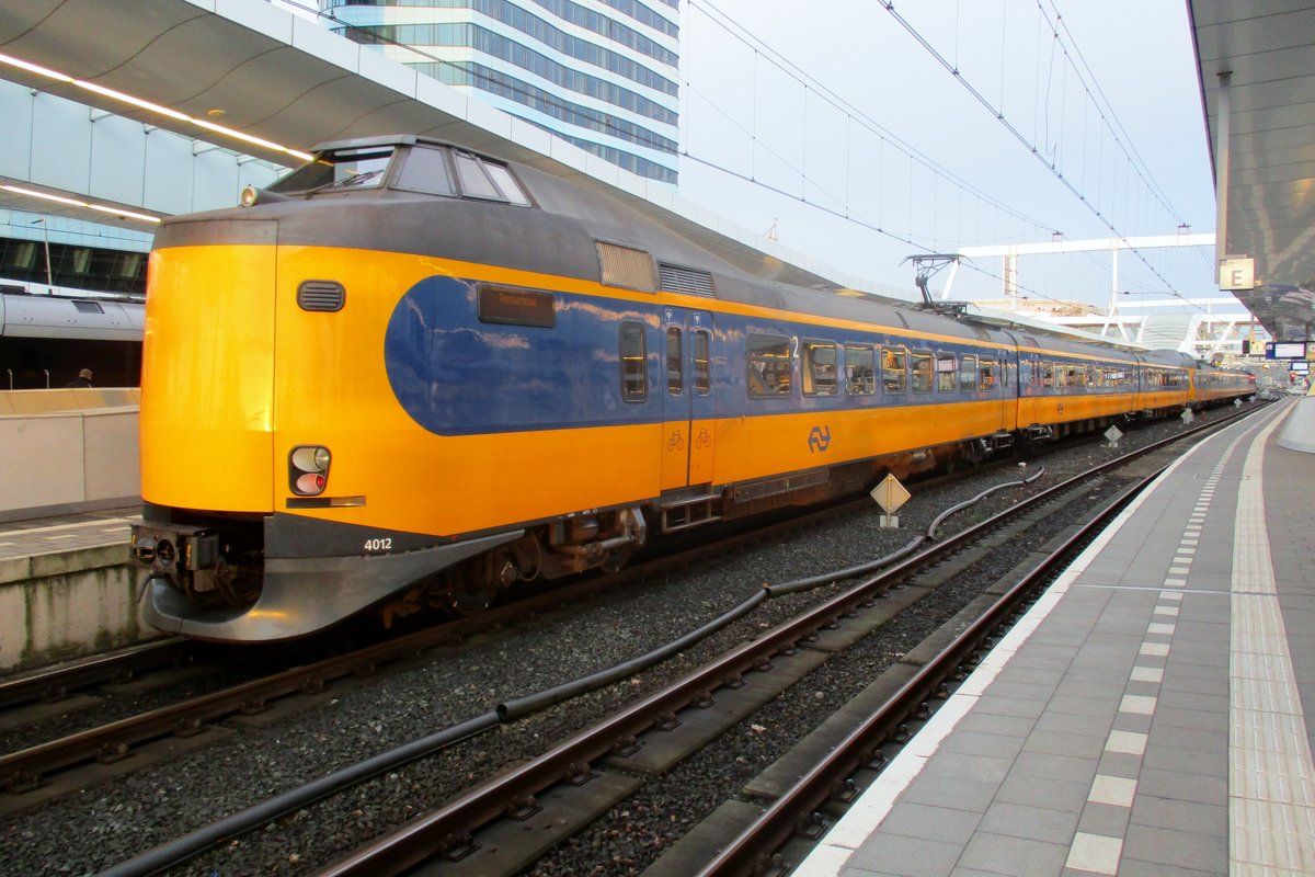 Am 4 April 2018 steht 4012 in Arnhem Centraal.