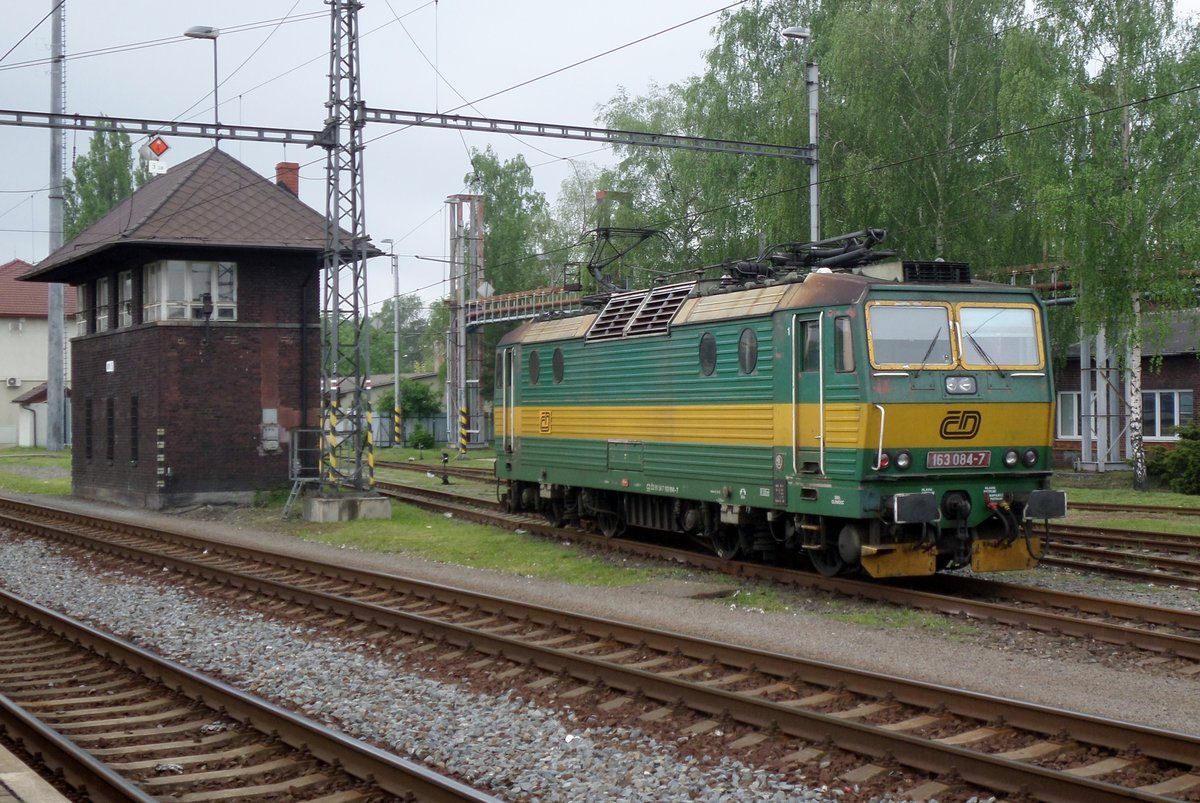 CD 163 084 lauft am 28 Mai 2015 um in Bohumin.