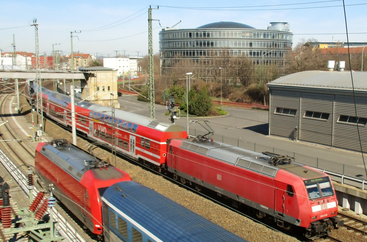 DB 146 016 treft am 7 April 2018 in Dresden ein.
