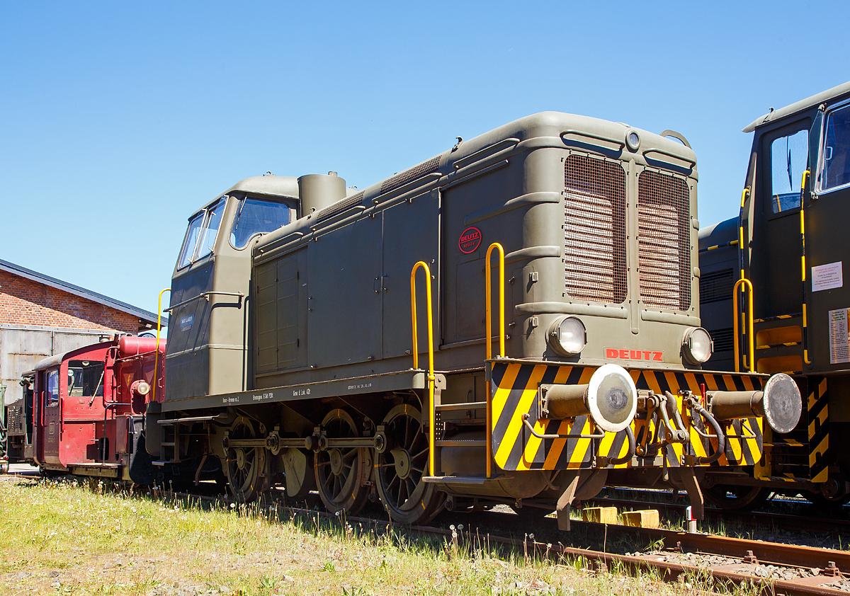 die deutz 56341 eine deutz v6m 436 r diesellokomotive ehemals der bundeswehr am. Black Bedroom Furniture Sets. Home Design Ideas