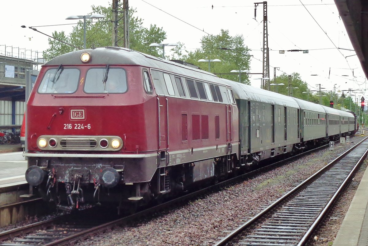 IGE 216 224 steht am 29 April 2018 in Trier.