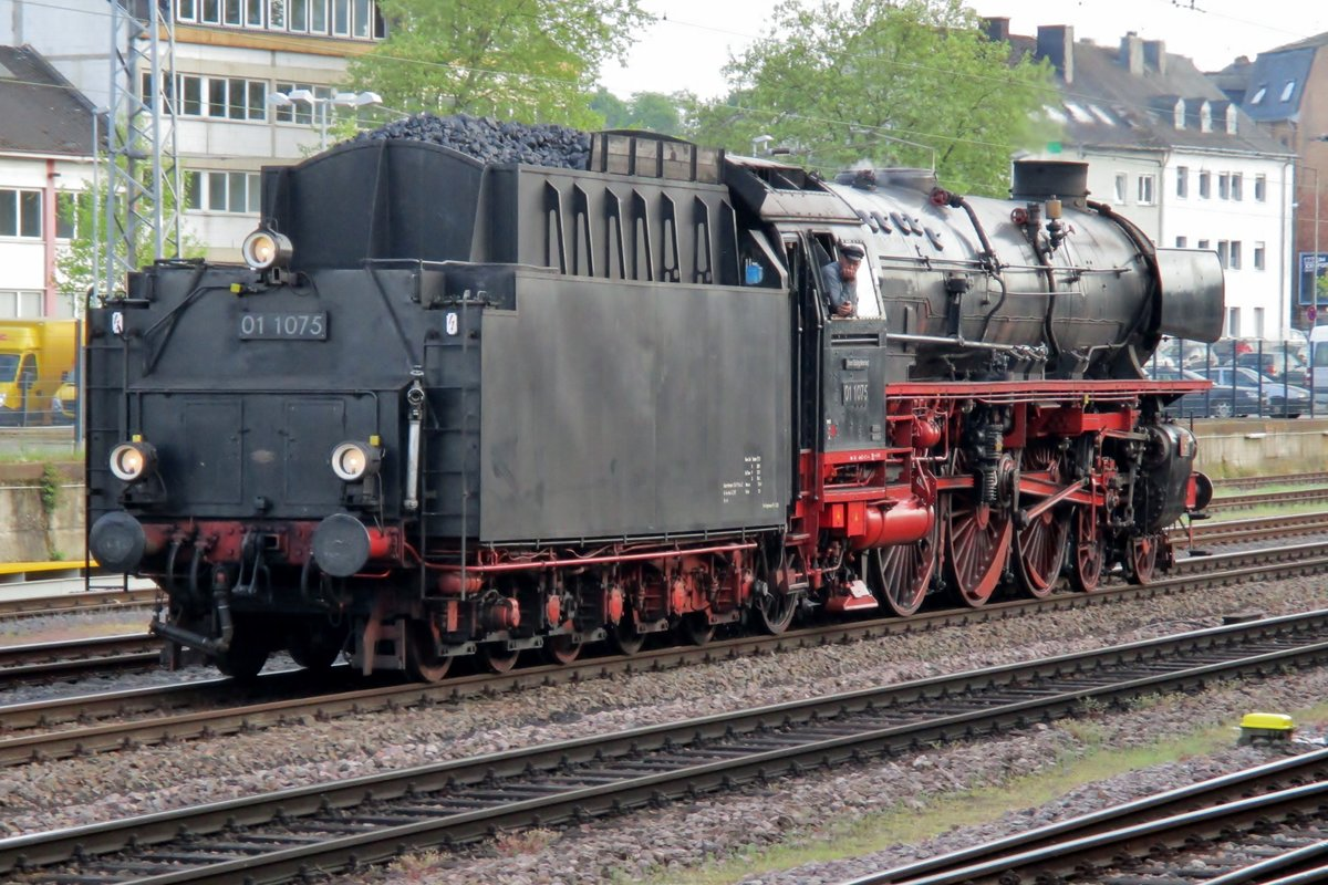 SSN 01 1075 lauft um in Trier ein am 28 April 2018.