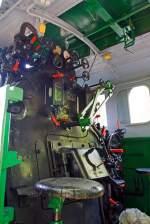 Sonstige/347563/blick-in-den-fuehrerstand-der-jung  Blick in den Führerstand der Jung 10175, der Schmalspur-Dampflokomotive ex Nr. 53 der Rhein-Sieg Eisenbahn (RSE) am 08.06.2014 im Museum Asbach (Ww).  So eine Lok hat schon viele Bedienhebel und -räder.
