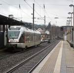 br-4261-stadler-flirt-2-teilig/173211/et-22007-2-teiliger-stadler-flirt-der ET 22007 (2-teiliger Stadler Flirt) der Abellio Rail NRW fährt am 23.12.2011 in den Bahnhof Kreuztal ein. Er fährt die KBS 440 Siegen-Hagen als RB 91 (Ruhr-Sieg-Bahn).  Seit 09. Dezember 2007 hat Abellio das Ruhr-Sieg-Netz zwischen Siegen, Hagen und Essen übernommen (RE 16 Ruhr-Sieg-Express und RB 91 Ruhr-Sieg-Bahn).
