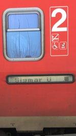 br-611-9/532789/eine-etwas-defekte-zielanzeige-hatte-der Eine etwas Defekte Zielanzeige hatte der 611 050 am 22.12.16. als er nur noch 'Sigmar ü ' anzeigte anstatt Sigmaringen.