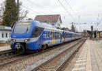 br-1430-stadler-flirt-3-6-teilig/533758/der-sechsteilige-stadler-flirt-3-- Der sechsteilige Stadler FLIRT 3 - der Meridian ET 301 fährt am 28.12.2016 als M 79011 (München Hbf - Rosenheim - Salzburg Hbf) vom Bahnhof Prien am Chiemsee weiter in Richtung Satzburg.