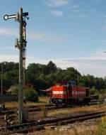 westerwaldbahn-weba/176595/westerwaldbahn-weba-lok-7-dh-1004 Westerwaldbahn (WEBA) Lok 7 (DH 1004) am 11.07.2011 im Bahnhof Altenkirchen/Ww. Die Lok hat Hp 0 und wartet auf freie Fahrt retour nach Au/Sieg zur Siegstecke.