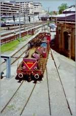 Serie 3600/173935/die-cfl-3613-in-einem-fragwuerdigen Die CFL 3613 in einem fragwürdigen Zustand in Luxembourg.  13. Mai 1998 (gescannts Negativ)