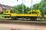 verschiebene/601936/seitenportrait-von-dem-zntk-stargard-wm-15  Seitenportrait von dem ZNTK Stargard WM-15 NR 122 (99 51 9 483 022-1 PL PLK), ein Gleiskraftwagen der PKP Polskie Linie Kolejowe S.A. (Betreiber der Eisenbahninfrastruktur Polens) ist am 27.06.2017 beim Bahnhof Rzepin / Polen (deutsch Reppen) abgestellt.