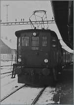 be-4-4/185482/ein-alter-scan-der-be-44 Ein alter Scan der Be 4/4 SMB 172 im Planeinsatz mit einem Regionalzug Moutier - Solothurn aus dem Jahre 1985.