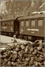 DFB Dampfbahn Furka Bergstrecke/284861/ein-herausragender-punkt-im-schweizer-eisenbahnverkehr Ein herausragender Punkt im Schweizer Eisenbahnverkehr ist die Tatsache, das dass schon recht früh, und dies besonders in den Alpen auf elektrische Traktion gesetzt wurde und heute praktisch alle Strecken elektriviziert sind.  Auch über die Fukra fuhr man 40 Jahre lang elektrisch.  Vor diesem Hintergrund suggeriert das hier zu sehende Stimmungsbild aus Gletsch einen Blick in die Vergangenheit vor der Elektifikation der FO. 5.VIII. 13