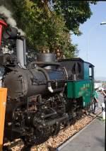 BRB Brienz Rothornbahn/181984/die-kohle-befeuerte-brb-6-steht Die Kohle befeuerte BRB 6 steht am 30.09.2011 auf den letzten Metern Gleis am BRB Bahnhof Brienz. Die H 2/3 Baujahr 1933 (2. Generation) wurde unter der Fabrik-Nr. 3567 bei der Schweizerische Lokomotiv- und Maschinenfabrik (SLM), Winterthur gebaut.