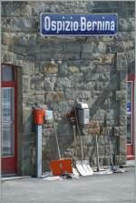 berninabahn-unesco-weltkulturerbe/174828/nachdem-ich-gestern-beim-gang-ins Nachdem ich gestern beim Gang ins Archiv bei der Baustelle sehr lange aufgehalten wurde, kann nun doch das gewünschte Bild zeigen: Stil-Leben auf hohem Niveau (2253 m.ü.M). 20. März 2009